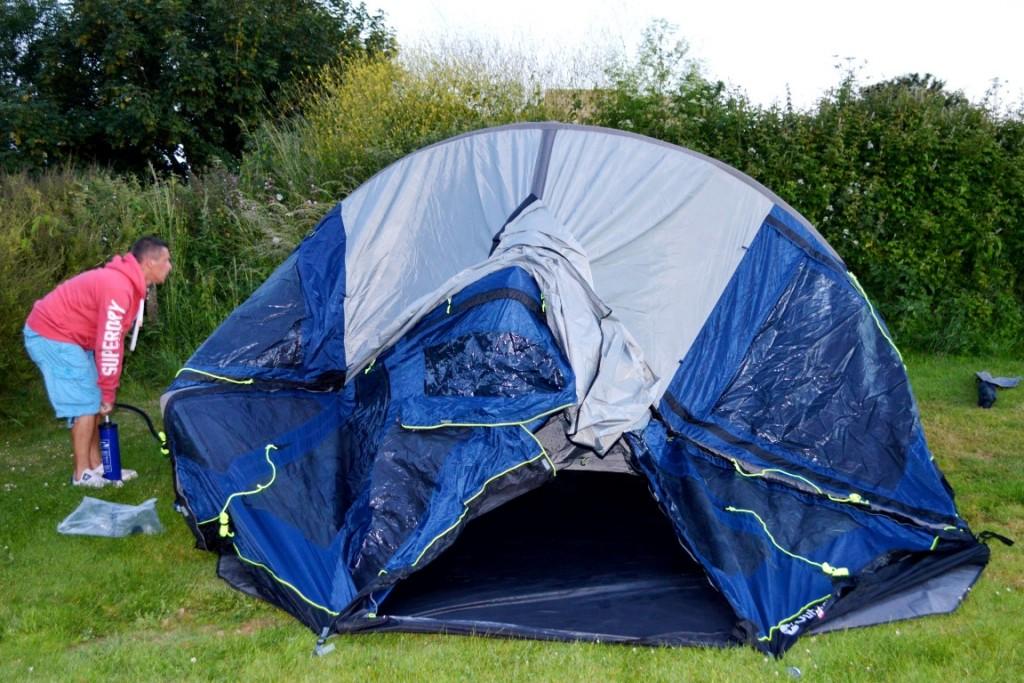 Putting up a 6 man tent