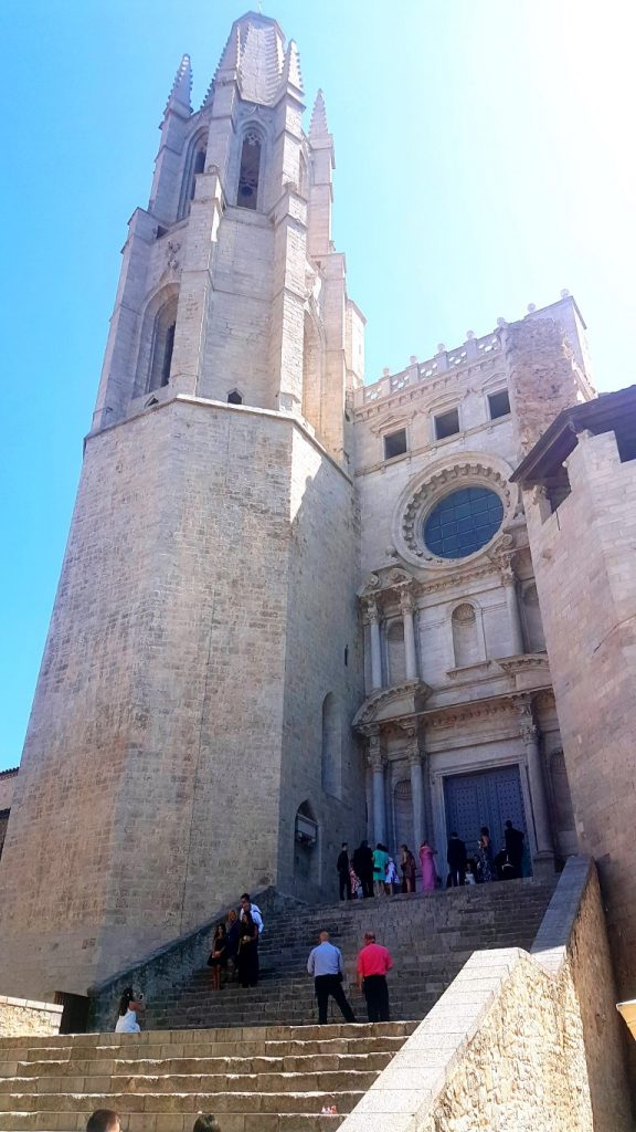 Basilica De Sant Feliu Girona, Collegiate Church of Sant Feliu, Saint Felix of Girona, beautiful churches, spanish churches, visiting girona with kids, girona with children, Costa Brava, Catalonia, Girona, Spain, family travel, travel with kids,